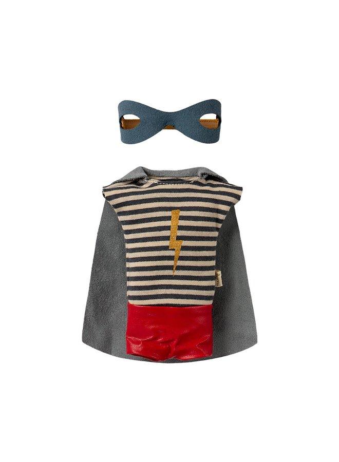 Maileg Maus Medium Boy Superhero mit Umhang 31cm
