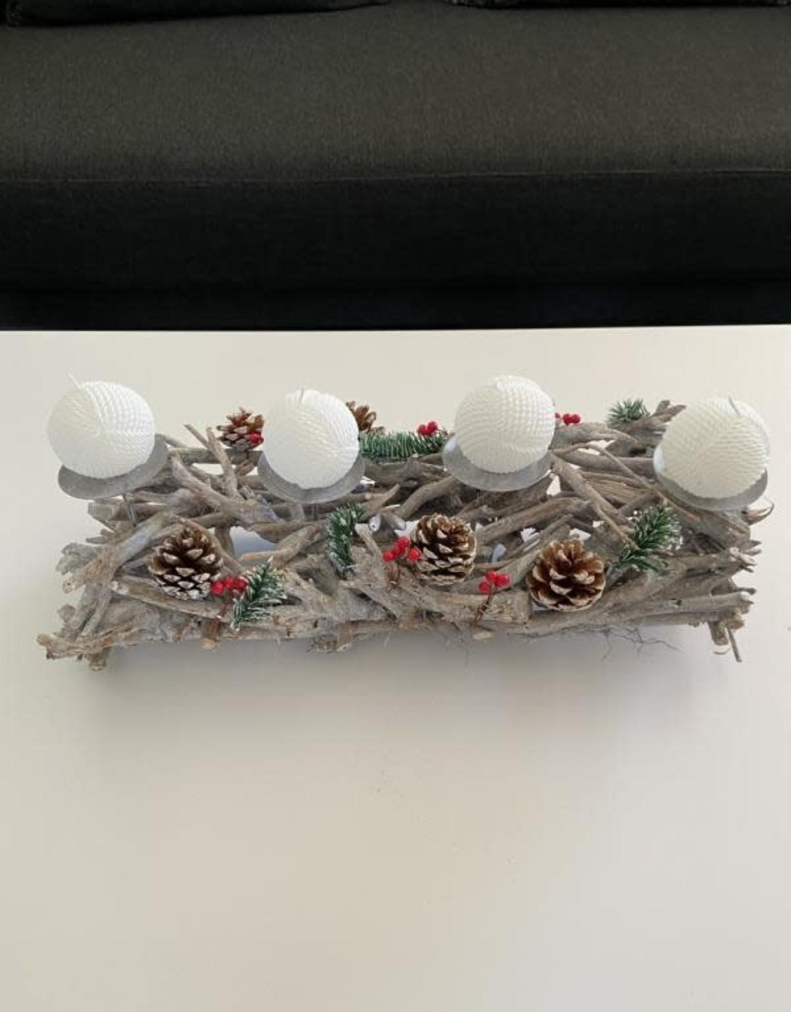 Niet specifiek Kerststronk uitsparing voor 4 kaarsen 50 cm lang