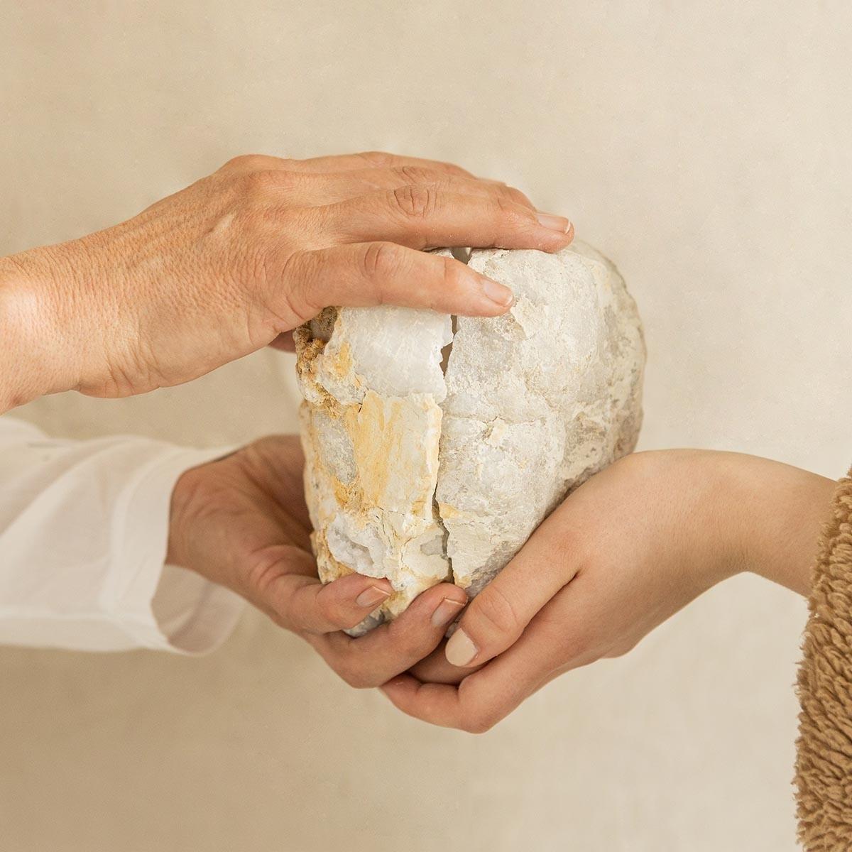 Bergkristal Geode paar 10-12 cm • beschermend
