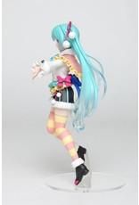 Hatsune Miku - PVC Figure - Winter Version - 18 cm