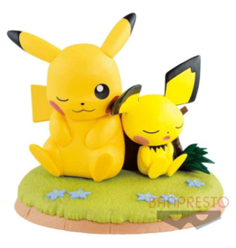 Pokémon - Pikachu & Pichu Kutsurogi Time Figure - 11cm