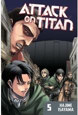 Attack on Titan 05 (Engelstalig)