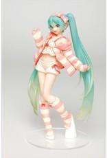 Hatsune Miku - Room Wear Version - PVC Statue - 18 cm