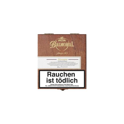 Balmoral Añejo XO Nicaragua Rothschild Masivo Zigarren