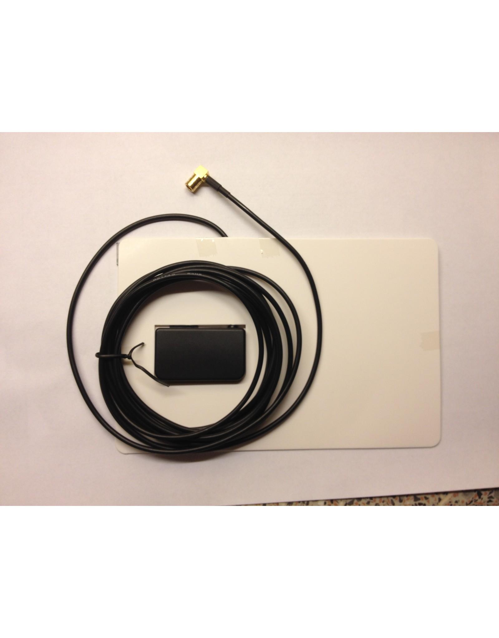 Raam DAB+ antenne SMB aansluiting