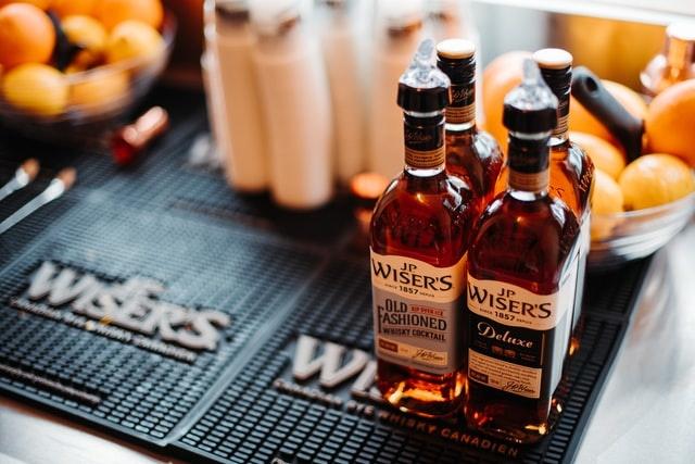 Mini whisky's om cadeau te geven: 4 ideeën