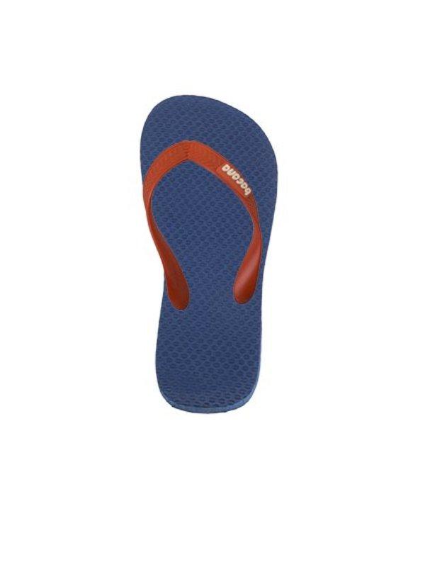 Donkerblauw met oranjerode flipflops