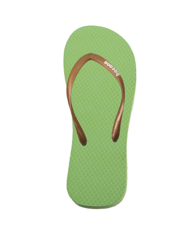 Spring green with cocktail pink flipflops - Copy - Copy
