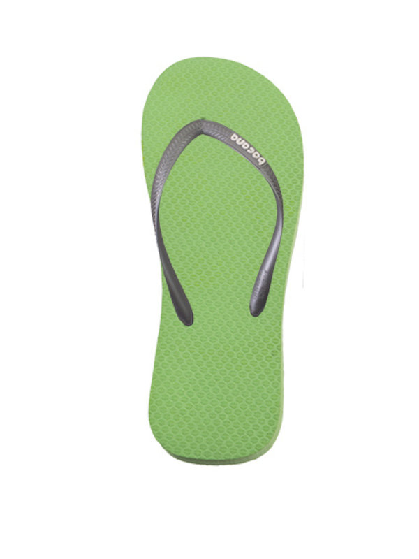 Spring green with cocktail pink flipflops - Copy - Copy - Copy