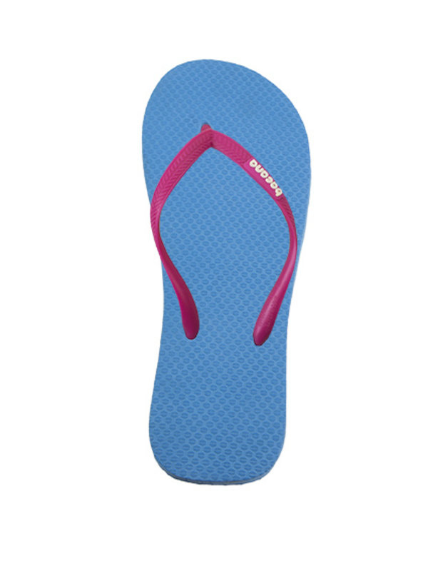 Sky blue with cocktail pink flipflops