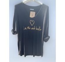 """Shirt """"la vie est belle"""" zwart"""