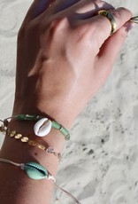 Schelpjes armbanden set