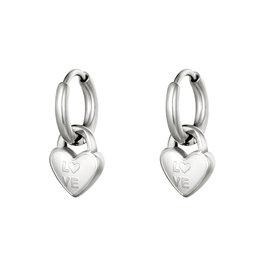 Hartjes oorbellen love zilver