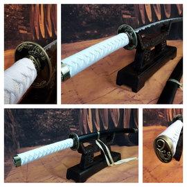 Samurai draken zwaard met witte ito en zwarte saya