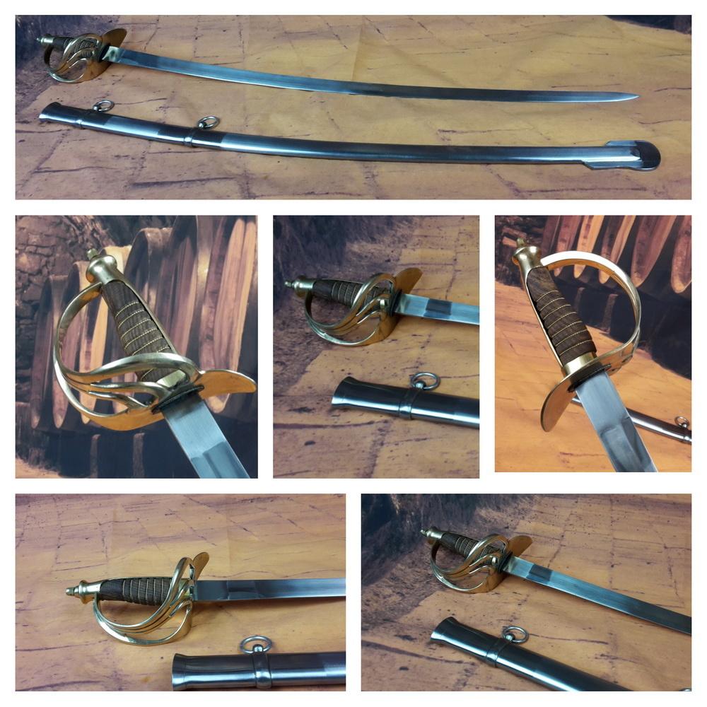 Cavalerie sabel met houten handgreep