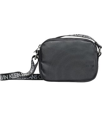 Calvin Klein LOGO CROSS BODY BAG BLACK