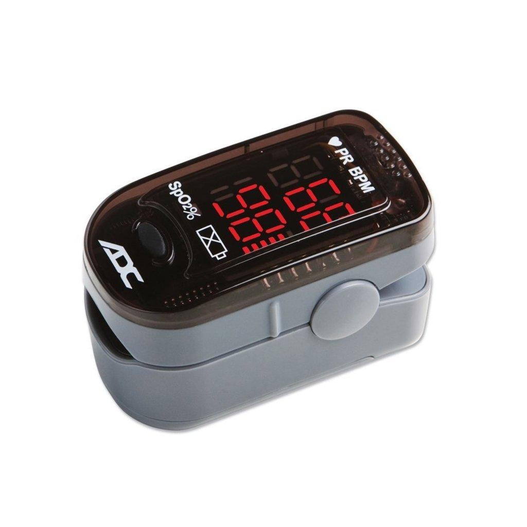 ADC ADC ADVANTAGE Fingertip Pulse Oximeter ref 2200