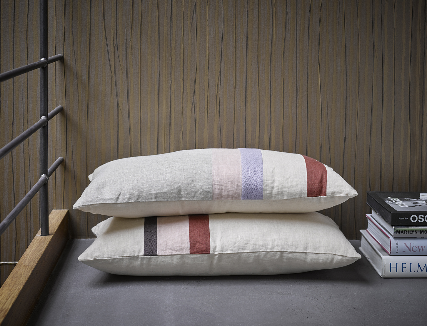 linen striped cushion A (70x35)-5
