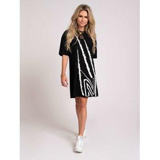 Nikkie Claw Oversized Dress