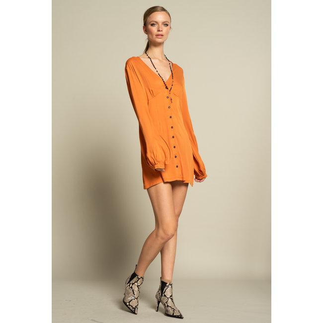 ICONIC 27 DRESS SLIM V-NECK ABRICOT