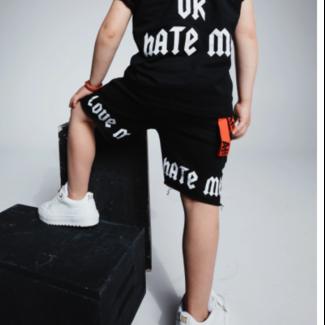 AH6 SHORT LOVE ME OR HATE ME KIDS BLACK