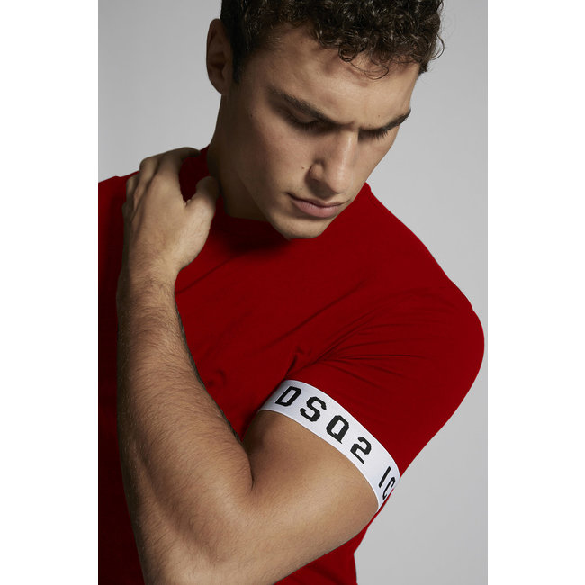 Dsquared2 DSQ2 Logo Sleeve  T-shirt Red