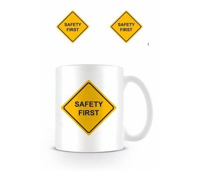 Safety First  Mok