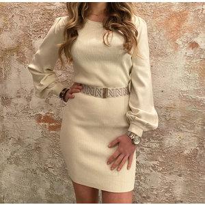Nikkie Plum Dress Cream