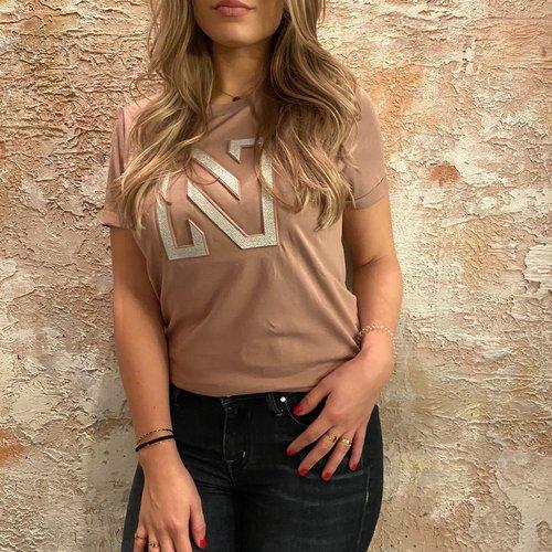 Nikkie Embossed t shirt mauve