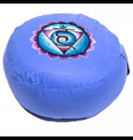 Meditatiekussen 5e chakra geborduurd