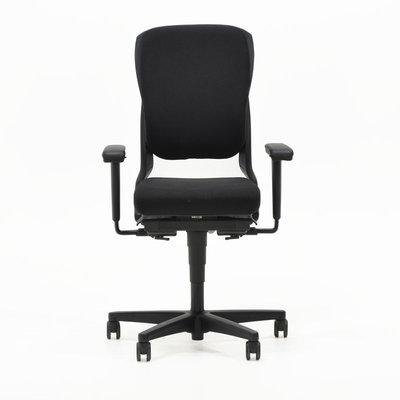 Ahrend 230 Bureaustoel Hoge Rug Zwart Nieuwe Stoffering Zwart Voetkruis 4D Armleggers
