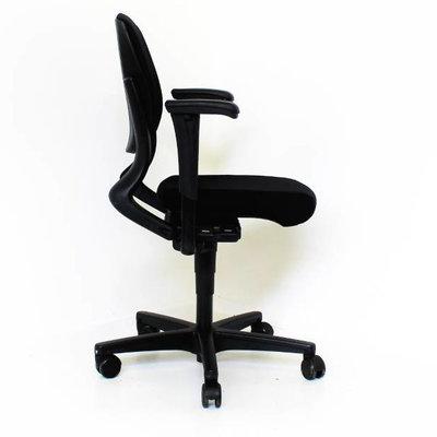 Ahrend 230 Bureaustoel Zwart Zwart Nieuwe Stof
