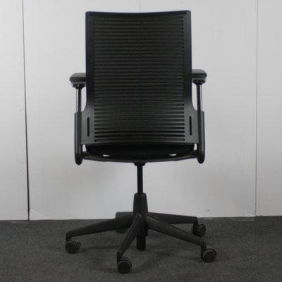Ahrend 2020 Bureaustoel Zwart Zwart Nieuw Gestoffeerd