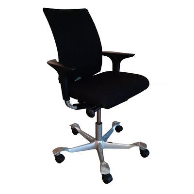 HAG H05 Bureaustoel Zwart Lichtgrijs Smalle Arm