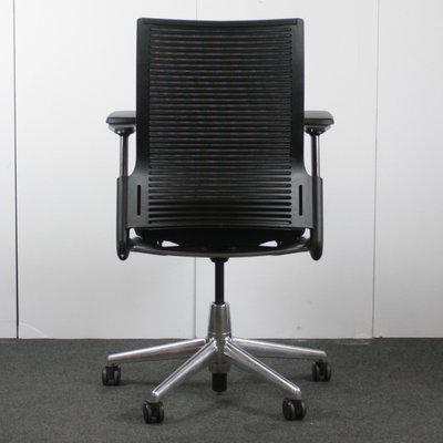 Ahrend 2020 Bureaustoel Zwart Chroom