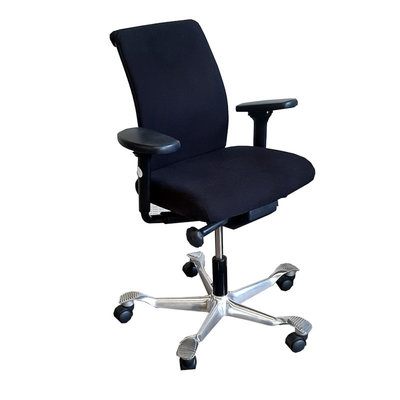 HAG H05 Bureaustoel Zwart Chroom Brede Arm