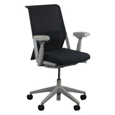 Comforto D5965 Bureaustoel Zwart Lichtgrijs Netweave Nieuwe Stoffering - Lichtgrijze armpads