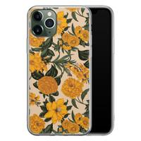 iPhone 11 Pro Max siliconen hoesje - Retro flowers