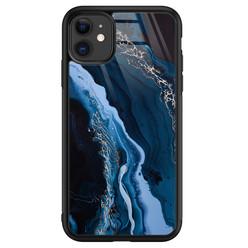 Leuke Telefoonhoesjes iPhone 11 glazen hardcase - Marmer kobaltblauw