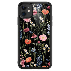 Leuke Telefoonhoesjes iPhone 11 glazen hardcase - Dark flowers
