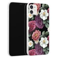 iPhone 11 siliconen hoesje - Bloemenliefde