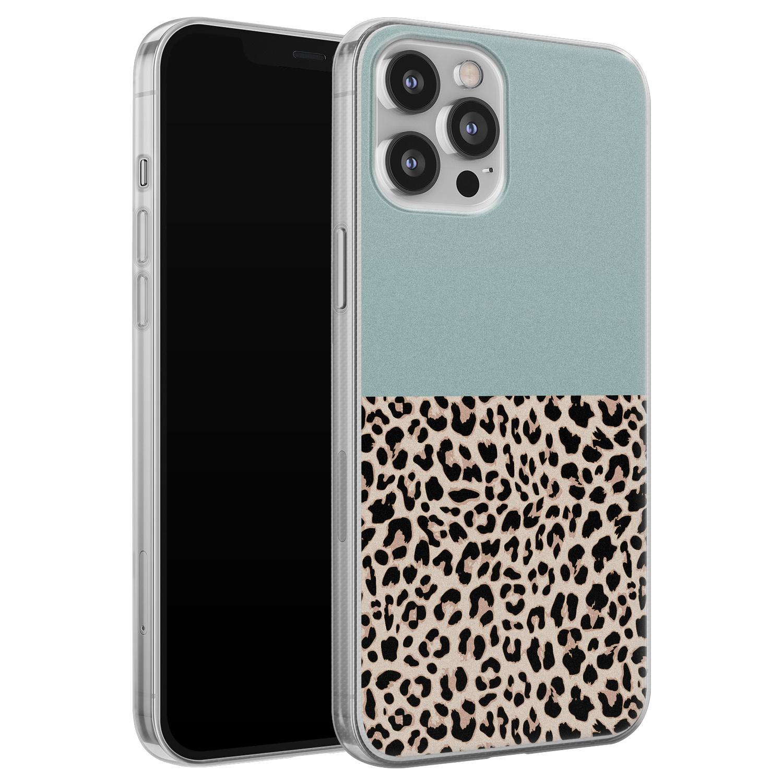 iPhone 12 Pro Max siliconen hoesje - Luipaard mint
