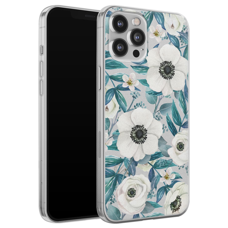 Leuke Telefoonhoesjes iPhone 12 Pro Max siliconen hoesje - Witte bloemen