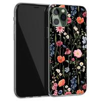 iPhone 11 Pro Max siliconen hoesje - Dark flowers