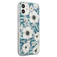 Leuke Telefoonhoesjes iPhone 12 siliconen hoesje - Witte bloemen