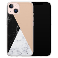 Leuke Telefoonhoesjes iPhone 13 siliconen hoesje - Marmer zwart bruin