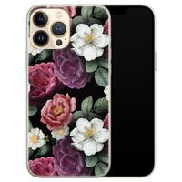 Leuke Telefoonhoesjes iPhone 13 Pro Max siliconen hoesje - Bloemenliefde