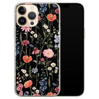 Leuke Telefoonhoesjes iPhone 13 Pro Max siliconen hoesje - Dark flowers