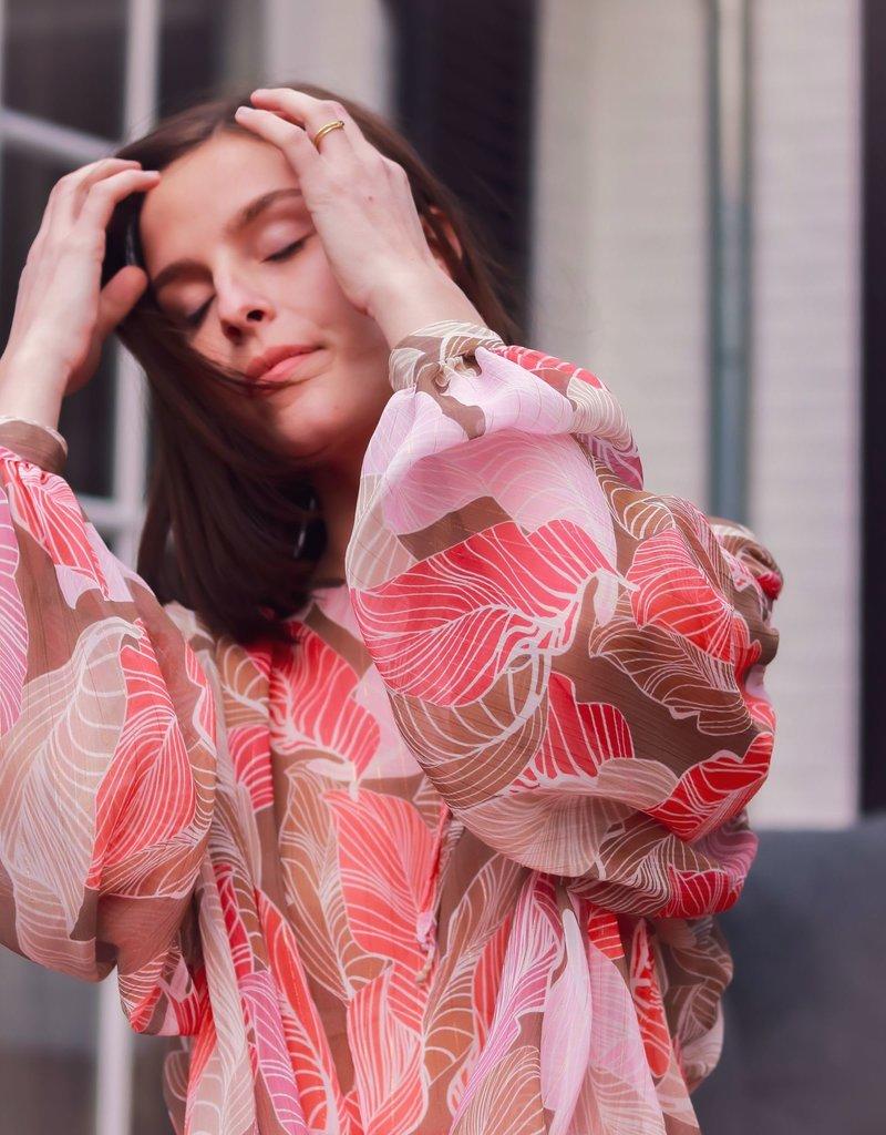 Kary Blouse - Koral Pink Sand Leaves