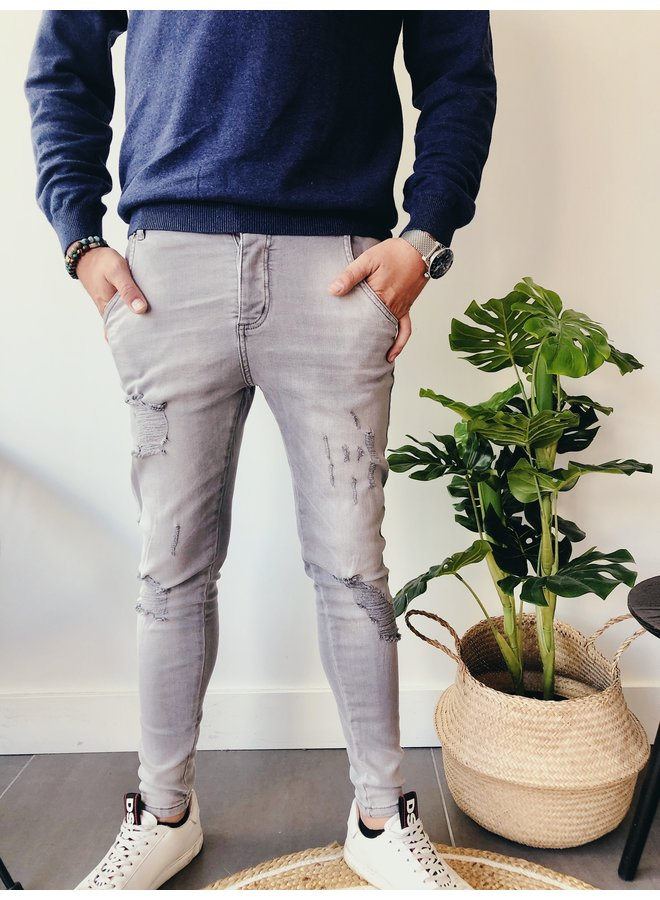 Jeans - Distressed Skinny / Washed grey
